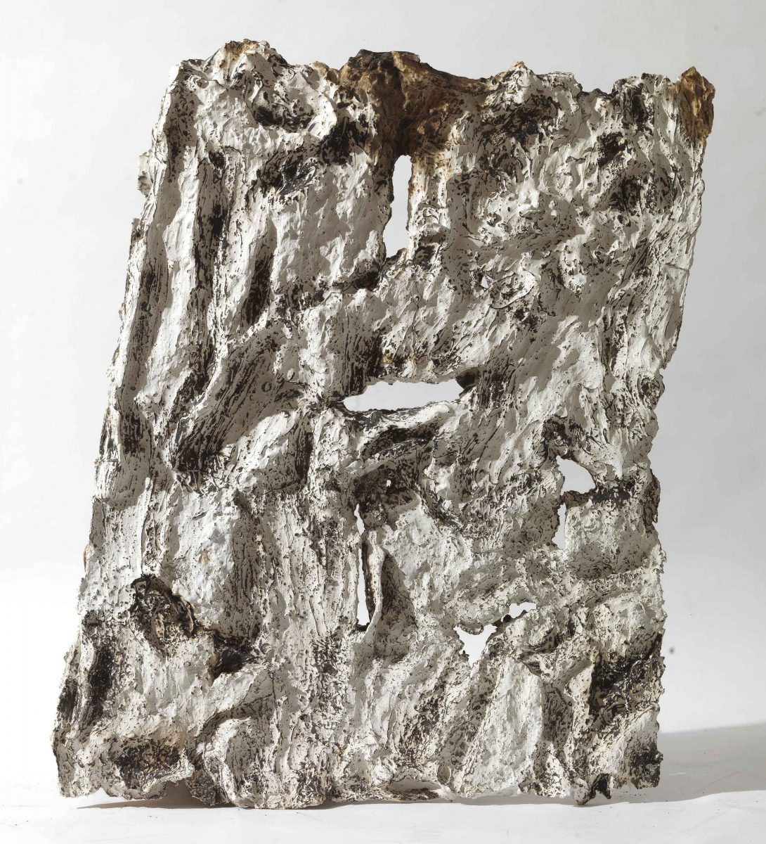 Mixed Media: burned white cement-  -resins . Dimensions 80X60